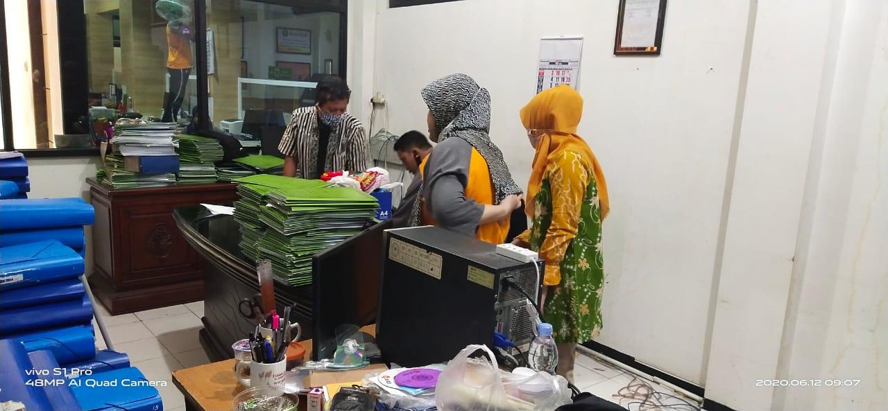Menyambut New Normal PA Surabaya Melaksanakan Kegiatan Jumat Bersih